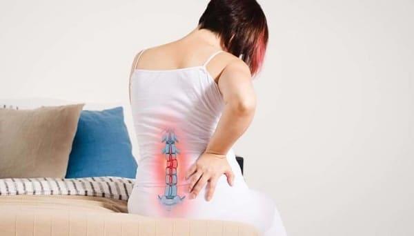 علائم و نشانههای درد دنبالچه چیست؟