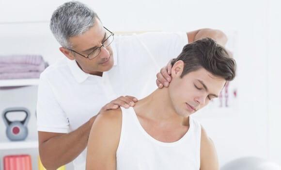 درمان آرتروز گردن با فیزیوتراپی یا طب فیزیکی