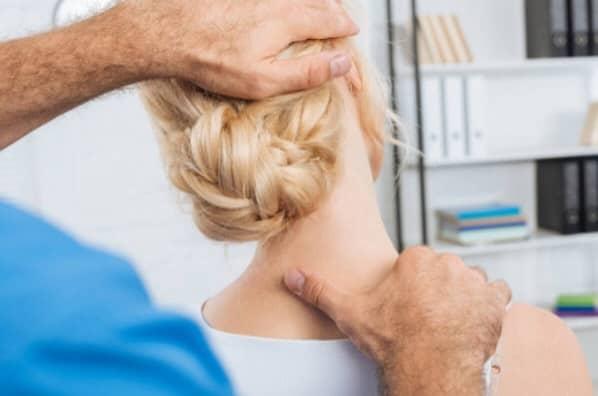 طب فیزیکی یا فیزیوتراپی برای درمان دیسک گردن